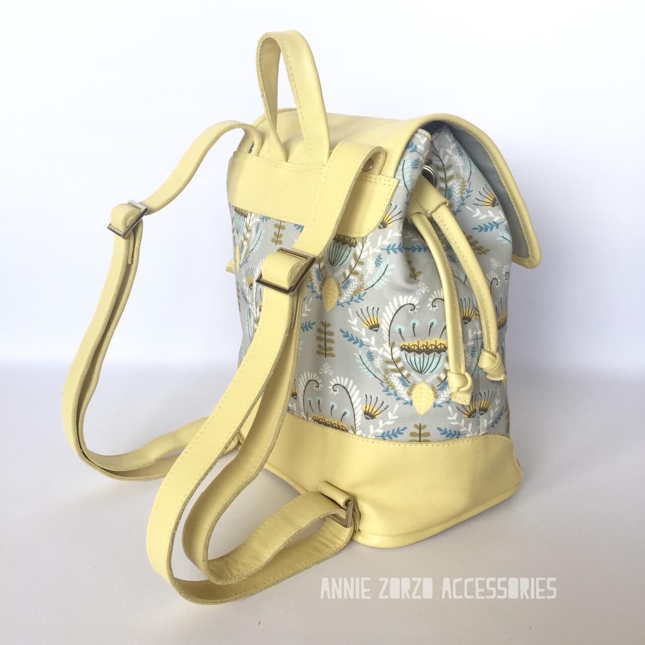 Urban Bucket Bag hacked into backpack